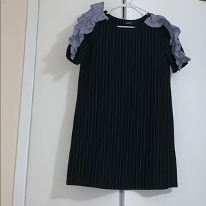 Ruffle sleeve mini dress